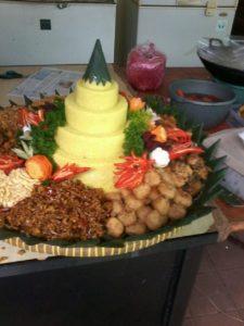 Pesan Nasi Tumpeng Di Tomang Jakarta Barat