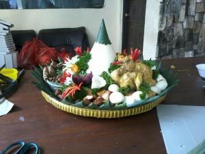 Nasi Tumpeng Putih