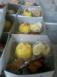Pesan Nasi Kuning Box Jakarta