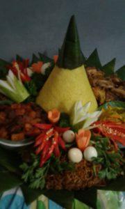 Pesan Nasi Tumpeng Di Ciracas Jakarta Timur