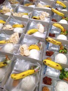 Pesan Nasi Box di Pasar Rebo Jakarta Timur