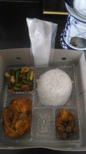 Pesan Nasi Box di Koja Jakarta Utara
